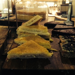 Cake Dorney Cafe01_15