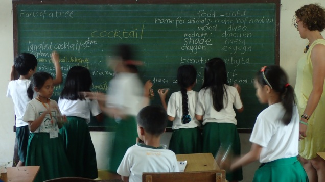 Teaching about the environment in the Philippines