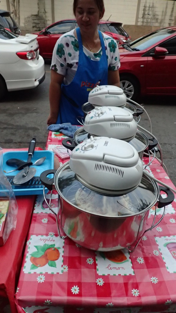 Portable pizza cookers, Bangkok