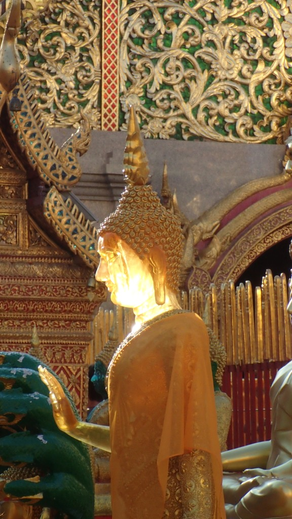 Evening sun, Wat tha doi suthep temple